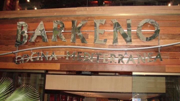 Fast food restaurant 'Barkeno'